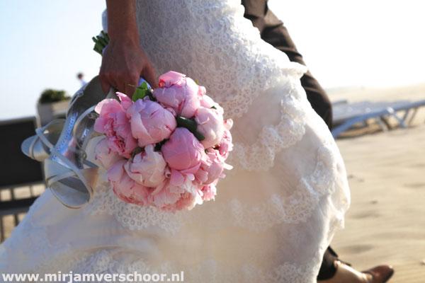 © Mirjam Verschoor bruidsfotografie strandreportage